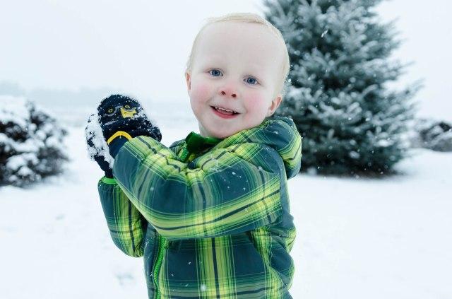 141227 kids snow 196